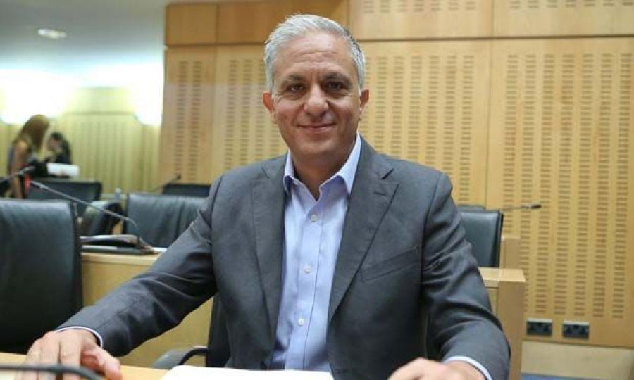 """""""Η τρέχουσα κρίση είναι μια τεράστια πρόκληση για την Κύπρο"""", δήλωσε στο ECON.  Tornaritis"""